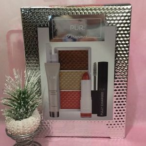 NWT-Pur makeup Dreamer mini set